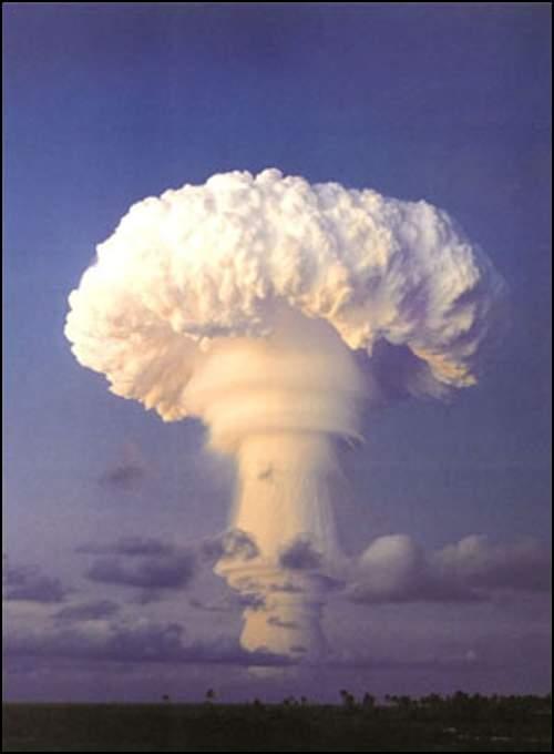 凄慘的美麗——蘑菇云