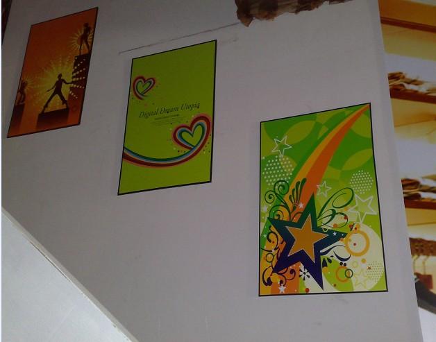 此主题相关图片如下:-家居 办公装饰给你家里和办公室增加不少色彩