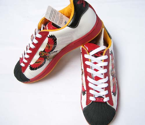 adidas NBA 纪念板鞋 亚特兰大老鹰队 阿迪达斯/ADIDAS复古板鞋 ,图片