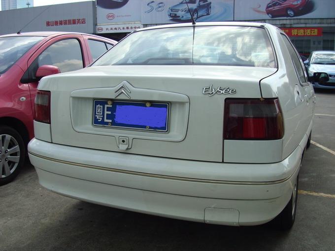 出售自用东风雪铁龙1.6爱丽舍,高配手波02年车白色车身图片